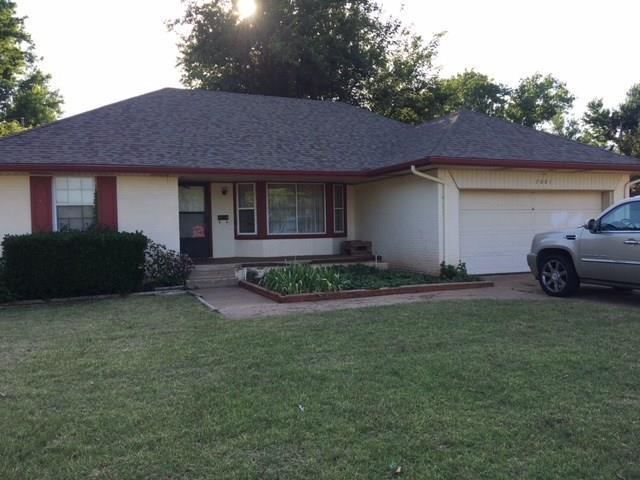7001 Berkley, Oklahoma City, OK 73116 (MLS #873358) :: Homestead & Co