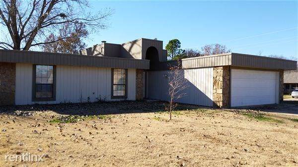 1808 Oakhollow Drive, Norman, OK 73071 (MLS #882922) :: Homestead & Co