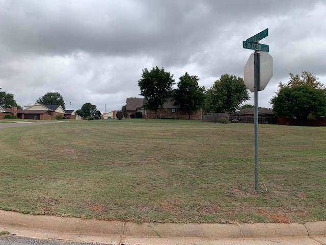 0 City Clinton, Clinton, OK 73601 (MLS #884178) :: Homestead & Co