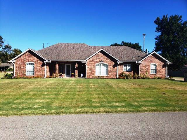 2100 Phelps Drive, Seminole, OK 74868 (MLS #886200) :: Homestead & Co