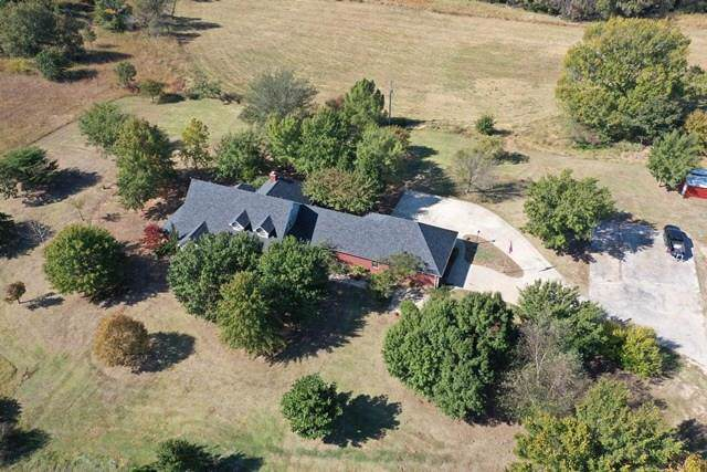 9120 Valley View Road, Prague, OK 74864 (MLS #887835) :: Homestead & Co