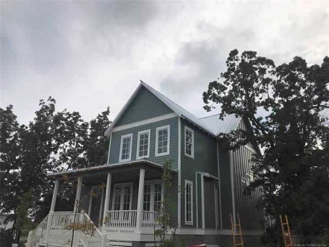 43 Redbud Street, Carlton Landing, OK 74432 (MLS #890035) :: Homestead & Co