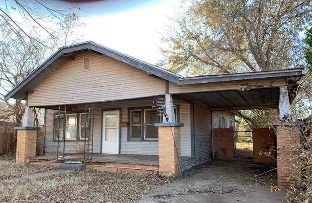 606 N West Street, Cordell, OK 73632 (MLS #890740) :: Homestead & Co