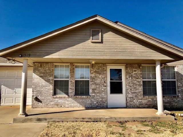 1929 Creekridge Drive, Oklahoma City, OK 73141 (MLS #890983) :: Homestead & Co
