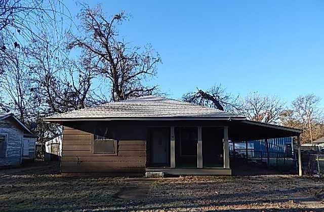 115 N Locust Street, Pauls Valley, OK 73075 (MLS #891234) :: Homestead & Co