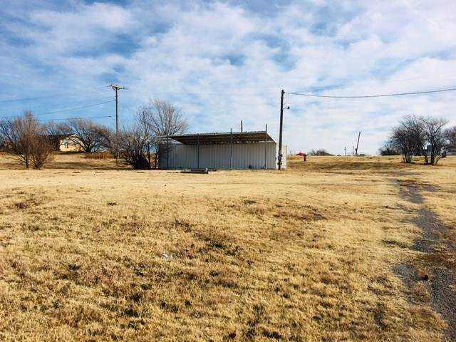 509 S Linwood Street, Cordell, OK 73632 (MLS #891917) :: Homestead & Co
