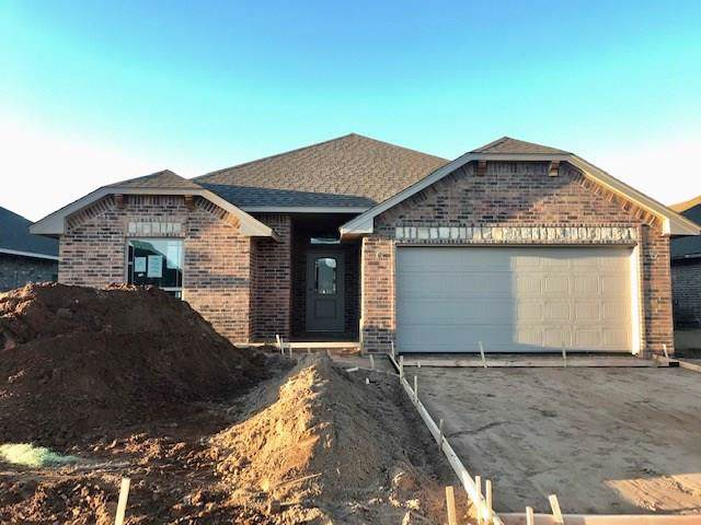 9941 SW 22nd Street, Yukon, OK 73099 (MLS #893072) :: Homestead & Co