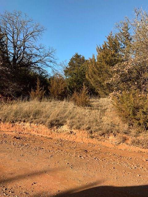 332996 E 840 Road, Wellston, OK 74881 (MLS #894532) :: Homestead & Co
