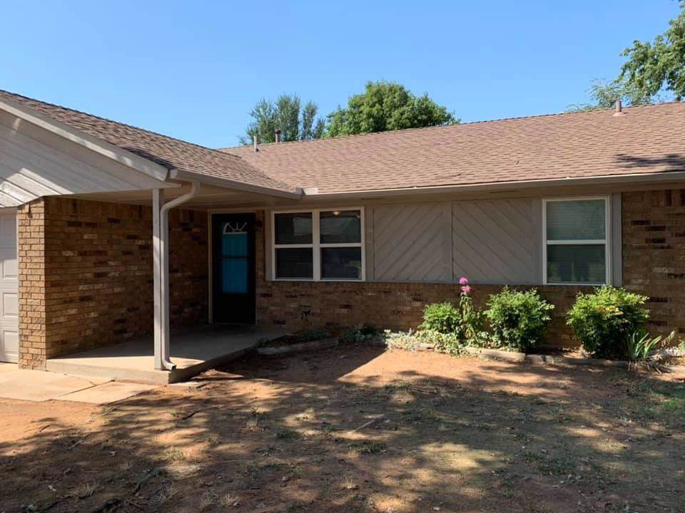 643 Perry Drive - Photo 1
