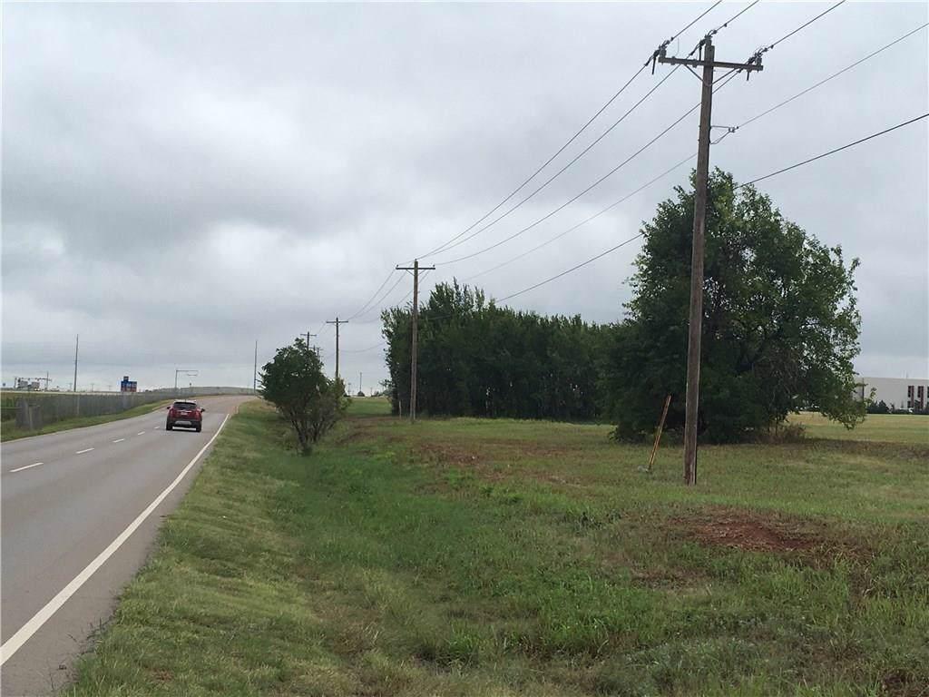 7420 Memorial Road - Photo 1