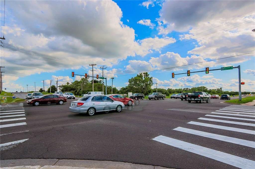 13401 Western Avenue - Photo 1