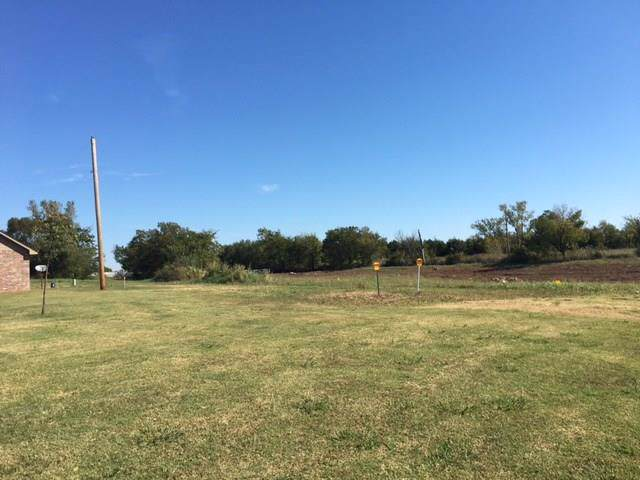 39000 W Macarthur Street, Shawnee, OK 74804 (MLS #896691) :: Homestead & Co