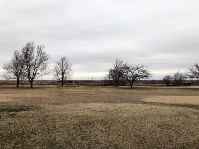 County Road 1355, Chickasha, OK 73018 (MLS #897651) :: Homestead & Co