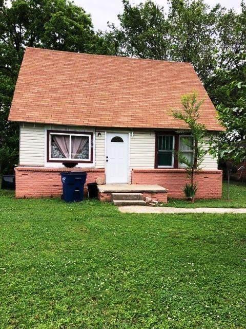 1016 Coolidge Street, Seminole, OK 74868 (MLS #897962) :: Homestead & Co