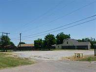 1708 N Falcon Road, Altus, OK 73521 (MLS #899604) :: Homestead & Co
