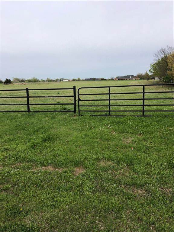 5400 W Steeplechase Run, Mustang, OK 73064 (MLS #899669) :: Keri Gray Homes