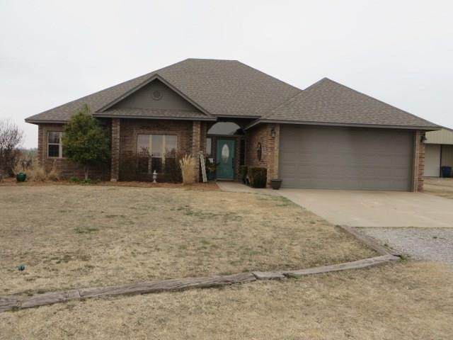 754 County Road 1250, Pocasset, OK 73079 (MLS #900502) :: Homestead & Co