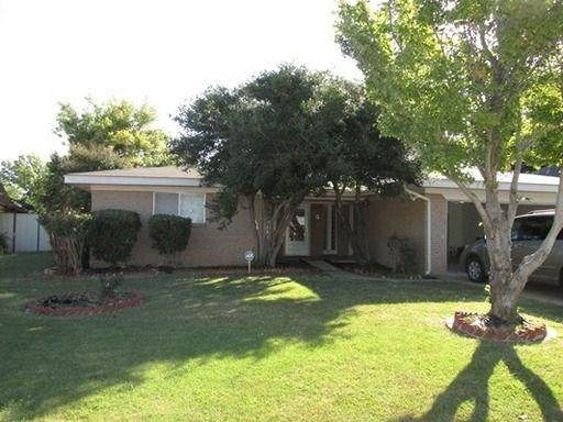 7712 S Country Club Drive, Oklahoma City, OK 73159 (MLS #900636) :: Homestead & Co