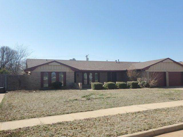 2409 Seminole Circle, Altus, OK 73521 (MLS #901435) :: Homestead & Co