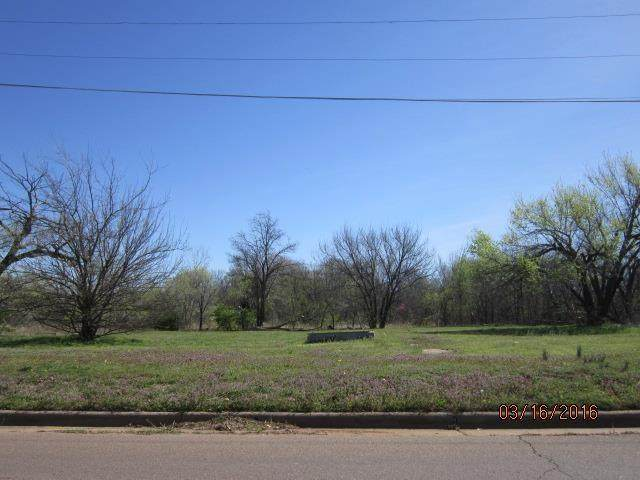 NE 26 Street, Oklahoma City, OK 73111 (MLS #905802) :: Erhardt Group at Keller Williams Mulinix OKC