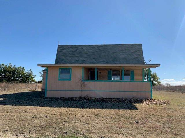 15592 S County Road 206, Blair, OK 73526 (MLS #906730) :: Homestead & Co