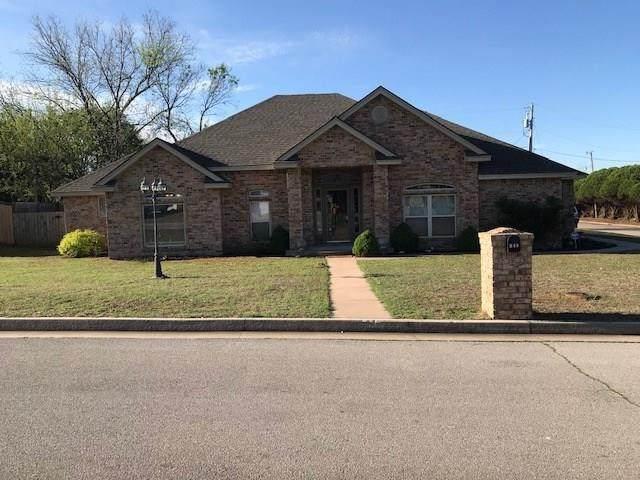 946 W Blue Bird Terrace, Purcell, OK 73080 (MLS #907376) :: Homestead & Co