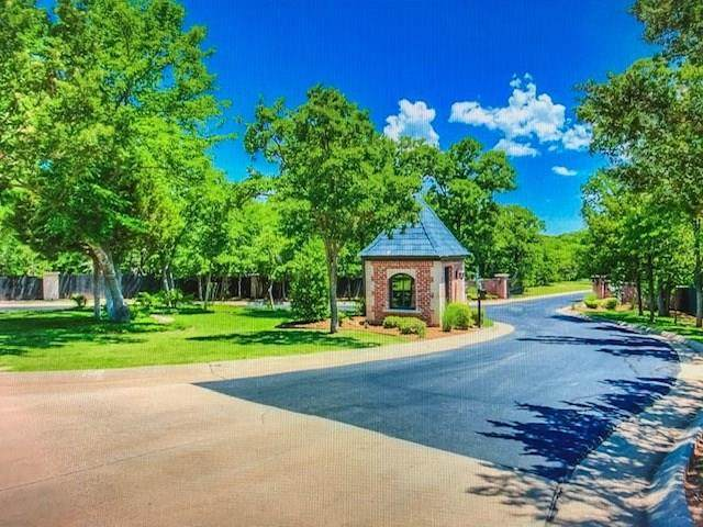 11537 Winding Lake Drive, Arcadia, OK 73007 (MLS #908032) :: Homestead & Co