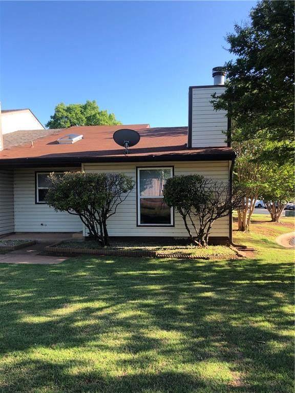 4605 Hemlock Lane, Oklahoma City, OK 73162 (MLS #910952) :: Homestead & Co