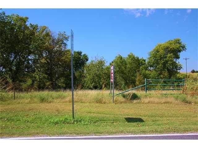 10600 Secretariat Drive, Oklahoma City, OK 73064 (MLS #912155) :: Homestead & Co