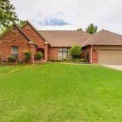 10405 S Dewey Avenue, Oklahoma City, OK 73139 (MLS #913039) :: Homestead & Co