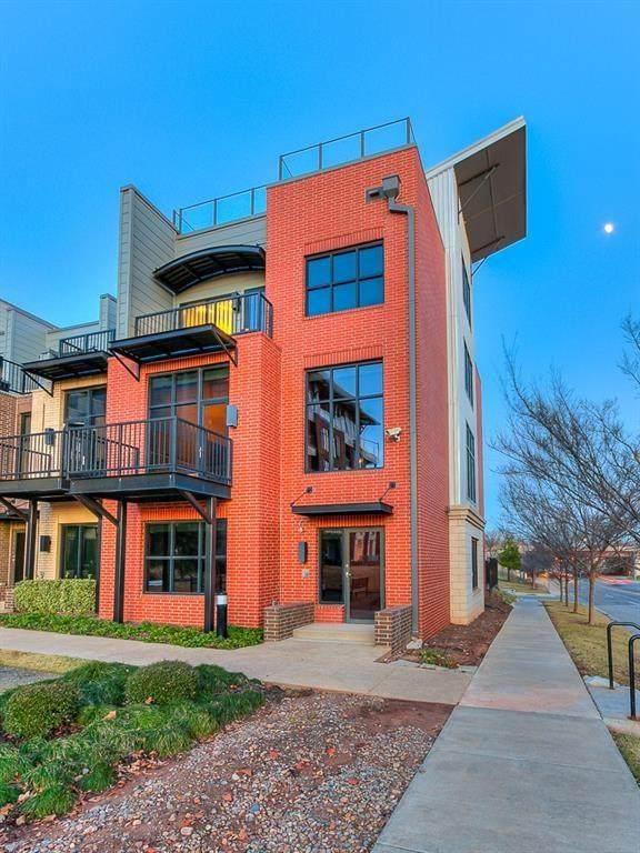 345 NE 4th Street, Oklahoma City, OK 73104 (MLS #914542) :: Homestead & Co