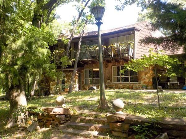 8100 NW 18th Street, Oklahoma City, OK 73127 (MLS #914945) :: Homestead & Co
