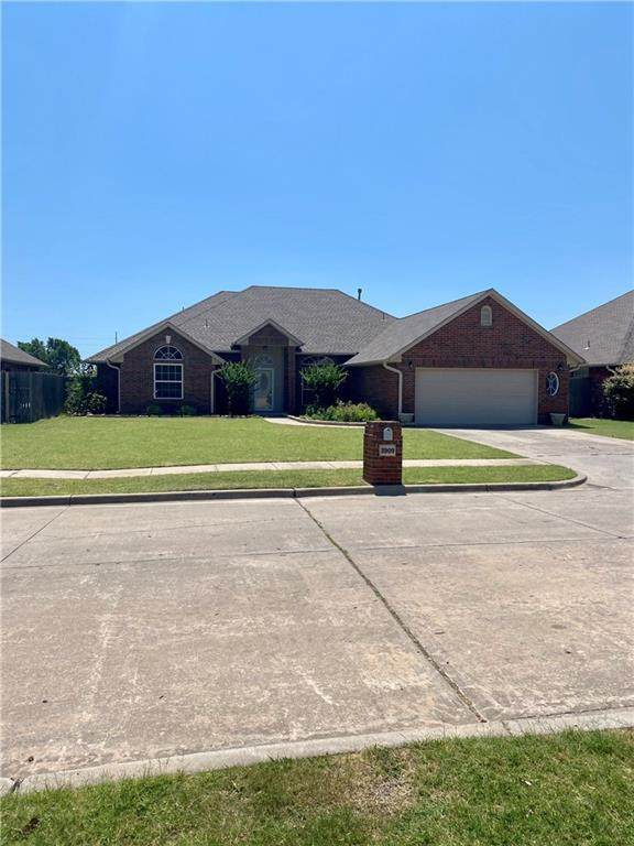 3909 Buckingham Drive, Norman, OK 73072 (MLS #916029) :: Homestead & Co