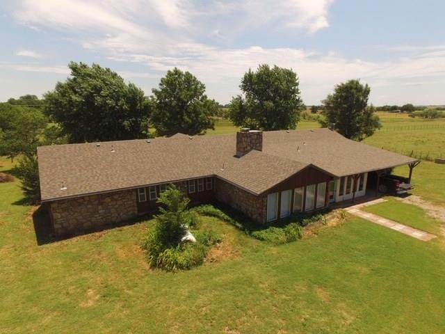 47102 County Street 2640, Apache, OK 73006 (MLS #916072) :: Homestead & Co