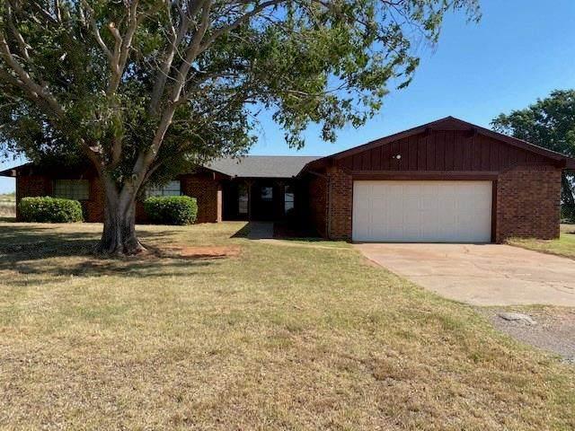 2905 Beverly Lane, Clinton, OK 73601 (MLS #916449) :: Keri Gray Homes