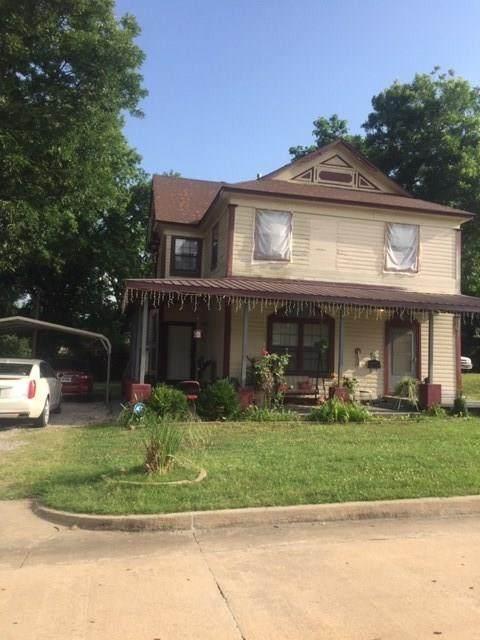 921 E 9th Street, Shawnee, OK 74801 (MLS #918268) :: Erhardt Group at Keller Williams Mulinix OKC