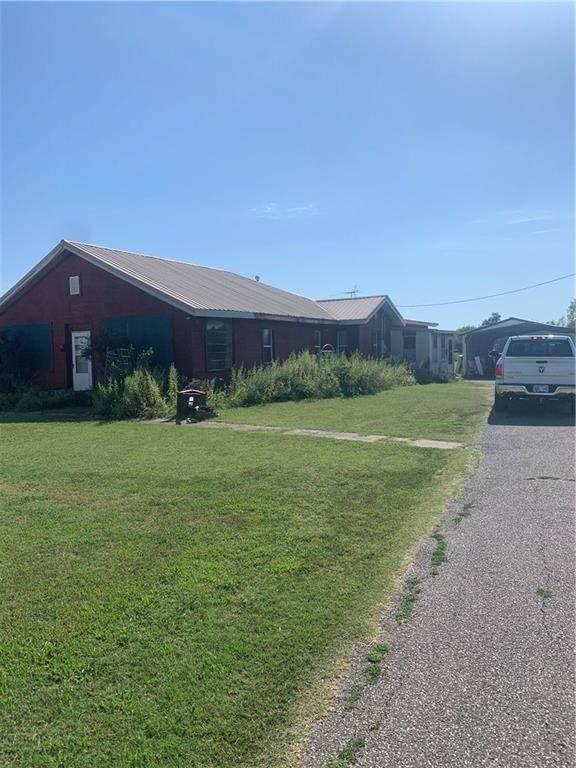 4312 S 4th Street, Chickasha, OK 73018 (MLS #920155) :: Keri Gray Homes