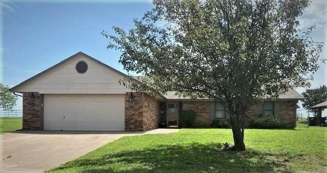 510 Berry Lane, Chandler, OK 74834 (MLS #920168) :: Homestead & Co