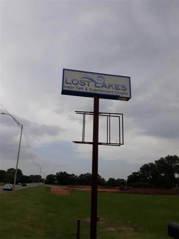 NE Park Place, Oklahoma City, OK 73117 (MLS #921578) :: ClearPoint Realty