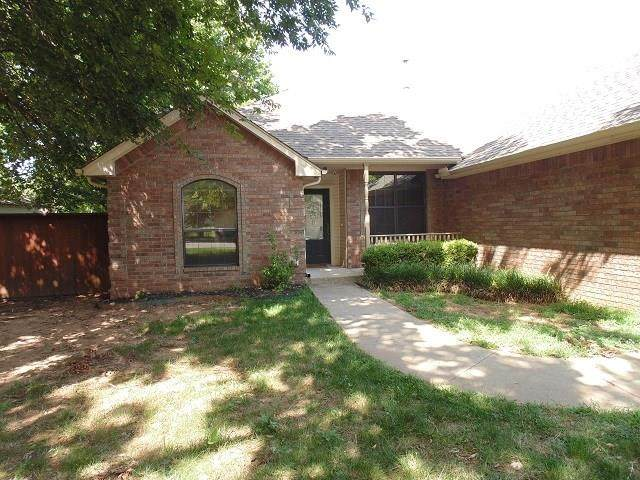 503 SW 4th Street, Tuttle, OK 73089 (MLS #923667) :: Keri Gray Homes