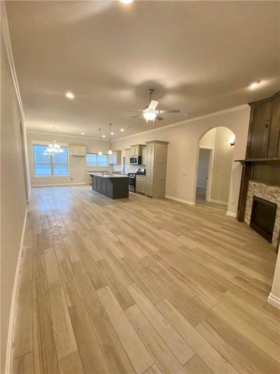 905 Riverrun Drive, Noble, OK 73068 (MLS #923935) :: Keri Gray Homes