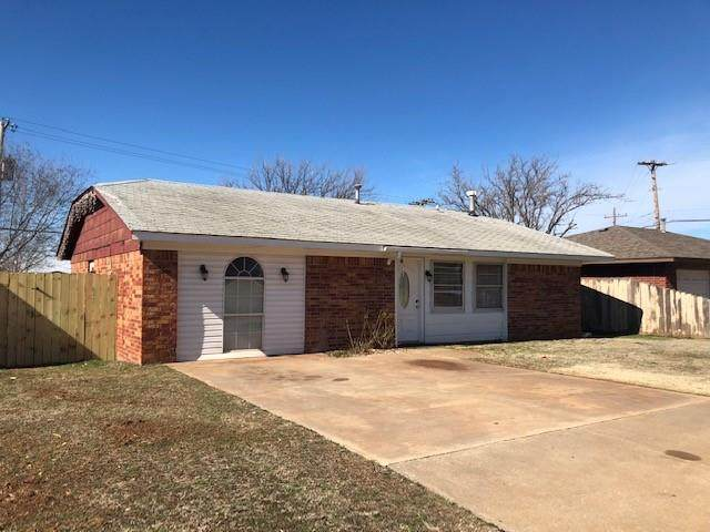 1302 S 12th Place, Kingfisher, OK 73750 (MLS #925447) :: Homestead & Co