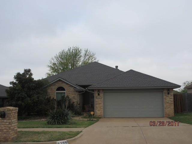 2709 NW 162nd Street, Edmond, OK 73013 (MLS #926031) :: Erhardt Group at Keller Williams Mulinix OKC