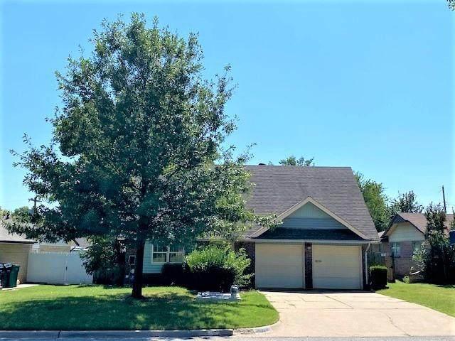3032 SW 63rd Street, Oklahoma City, OK 73159 (MLS #927284) :: Homestead & Co