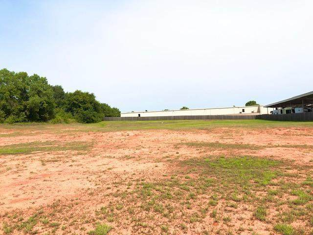 3445 Hwy 37/Nw 32nd St, Newcastle, OK 73065 (MLS #927411) :: Erhardt Group at Keller Williams Mulinix OKC