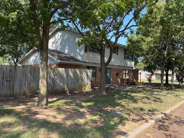 9809 Lancet Lane, The Village, OK 73120 (MLS #929710) :: Homestead & Co