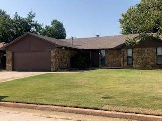 113 Loch Lane, Yukon, OK 73099 (MLS #929838) :: Homestead & Co