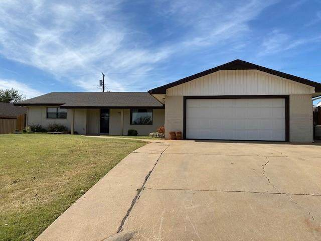 924 Sherwood, Clinton, OK 73601 (MLS #932147) :: ClearPoint Realty