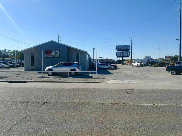 1501 N Broadway Avenue, Ada, OK 74820 (MLS #935249) :: The UB Home Team at Whittington Realty