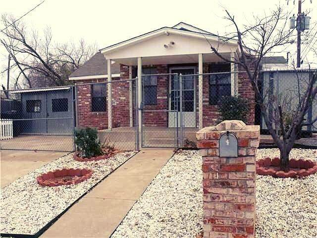 2904 S Indiana Avenue, Oklahoma City, OK 73108 (MLS #936056) :: ClearPoint Realty